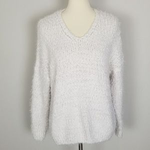 American Threads Off-White V-Neck Sweater M/L